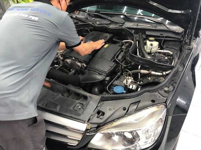 Những lưu ý quan trọng khi đại tu động cơ ô tô tại gara sửa xe hơi