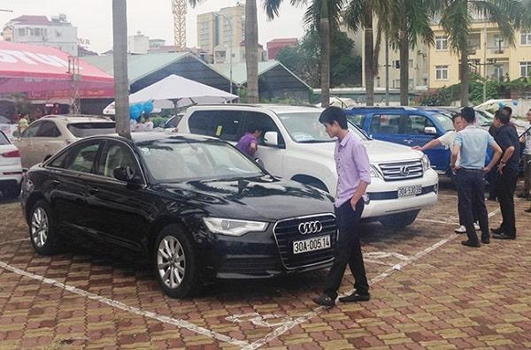 Kinh nghiệm mua xe ô tô cũ và cách kiểm tra xe đã qua sử dụng