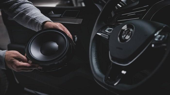Hệ thống âm thanh nguyên bản trên ô tô