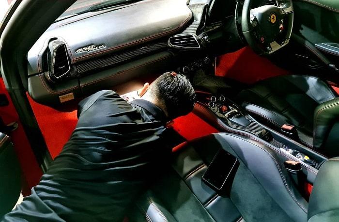 Gara chuyên sửa xe Ferrari Tuning Service
