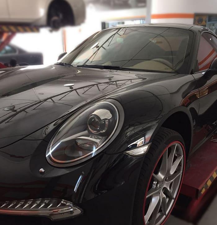 9 bước sửa xe Porsche an toàn